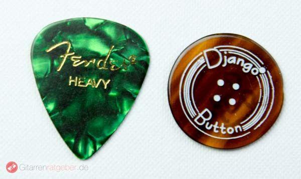 John Pearse Button Größenvergleich