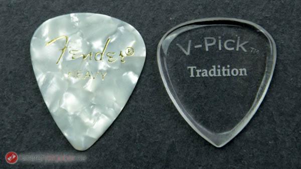 V-Pick Tradition Plektrum Größenvergleich