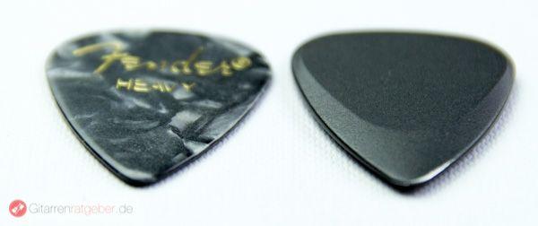 Timber Tones Fusion Tones Aluminium Plektrum schwarz Höhenvergleich