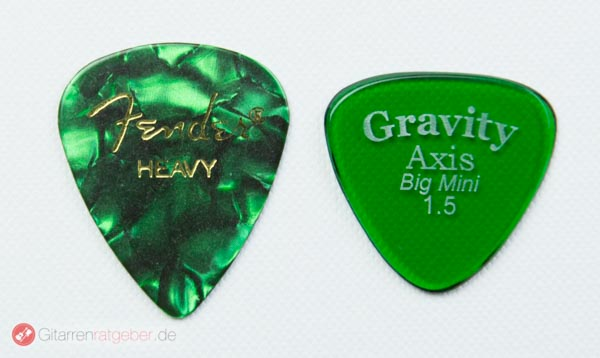 Gravity Picks Axis Big Mini Größenvergleich