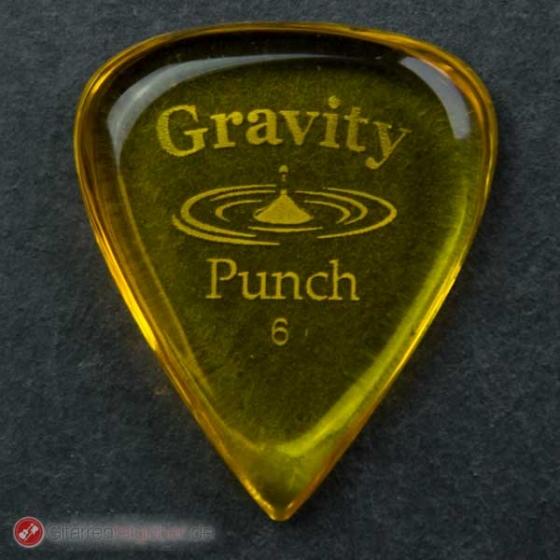 Gravity Picks Plektrum Punch 6 vor schwarz
