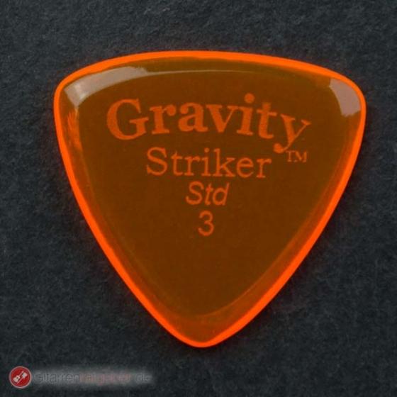 Gravity Picks Plektrum Striker Std. 3 vor schwarz