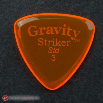 Gravity Picks Plektrum Striker Std. 3 vor schwarz