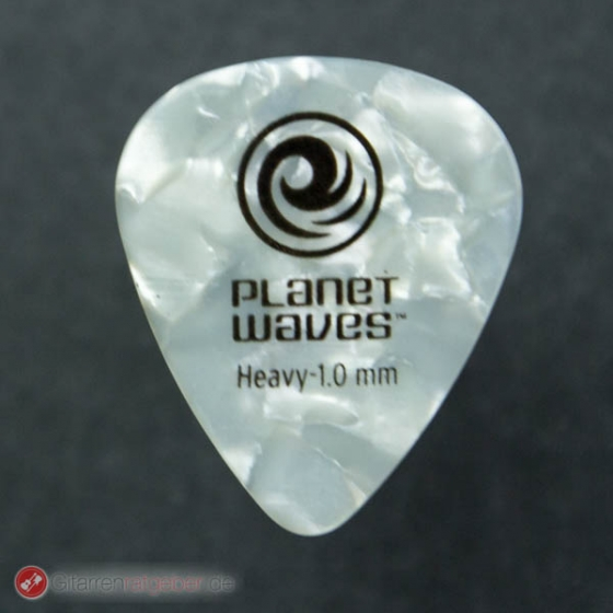 Planet Waves Standard Plektrum Heavy vor schwarz